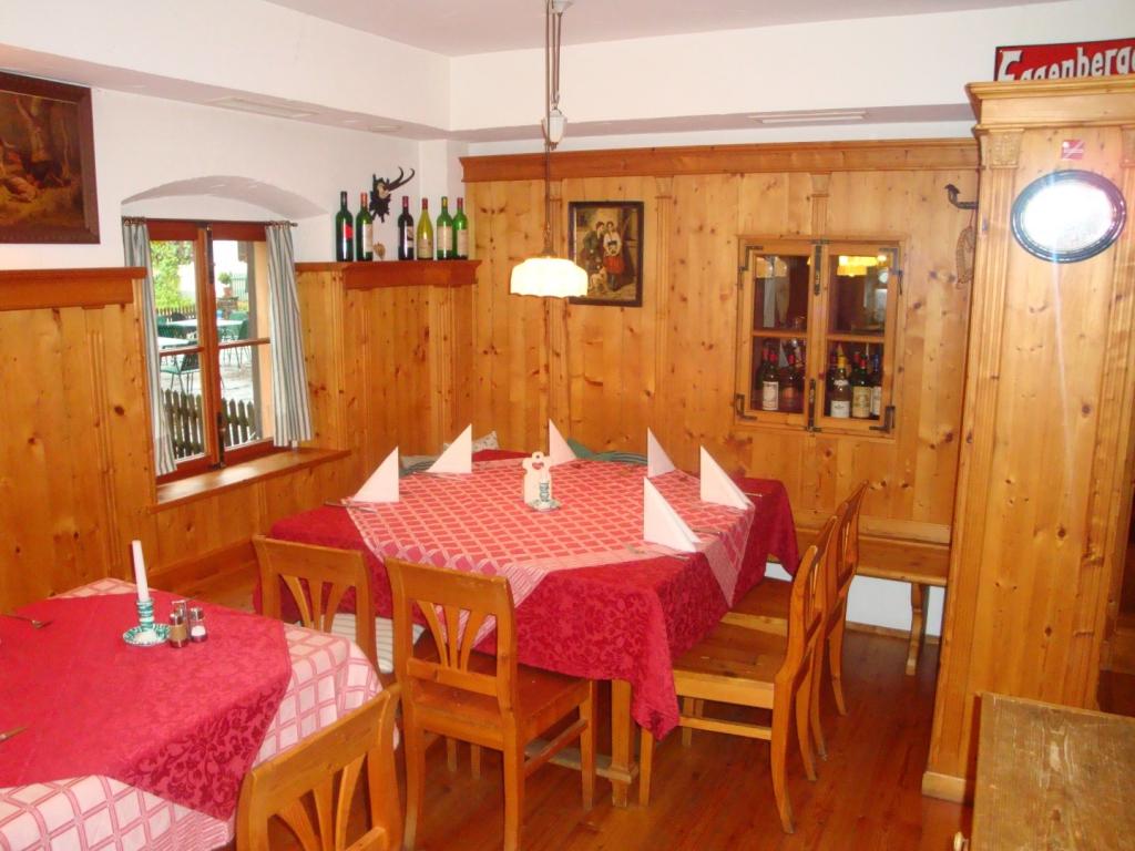 tischlerei-buchegger-gastronomie-gastronomie_gasthof jagersimmerl