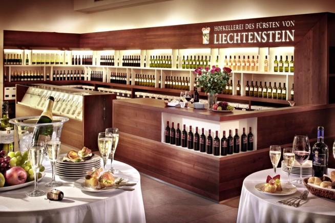 tischlerei-buchegger-gastronomie-wein verkauf & praesantation